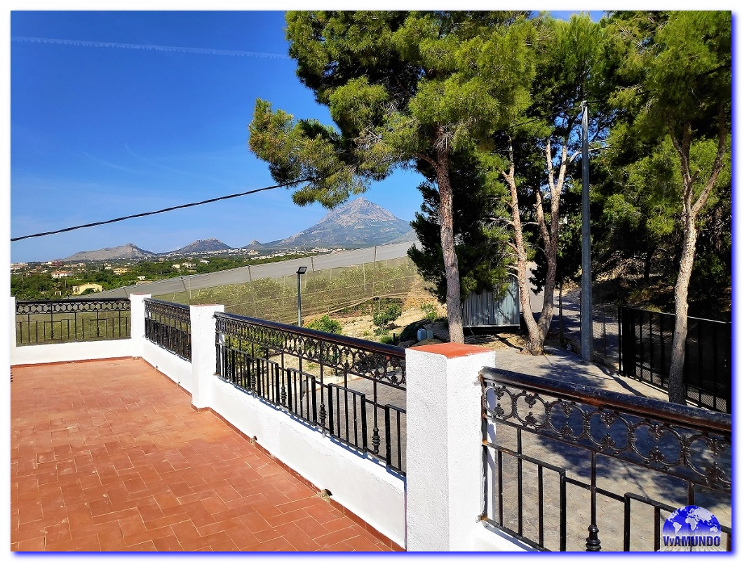 CHALET INDEPENDIENTE EN ALFAZ-ALTEA